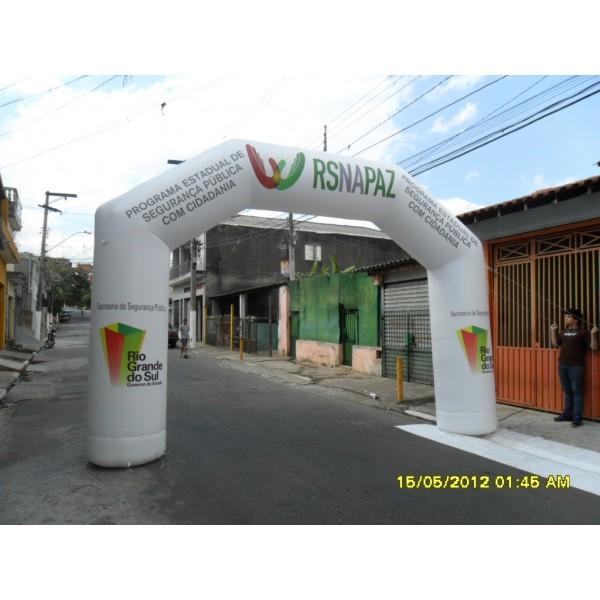 Achar Portais Infláveis na Chácara Mediterrânea - Loja de Portal Inflável