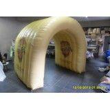 Tenda inflável em Poloni